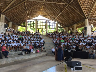 Puerto Aventuras Talk Airmiles Donation Ryan's Well Foundation Mark and Susan Hreljac meet with students in Mexico to inspire them to volunteer in their communities
